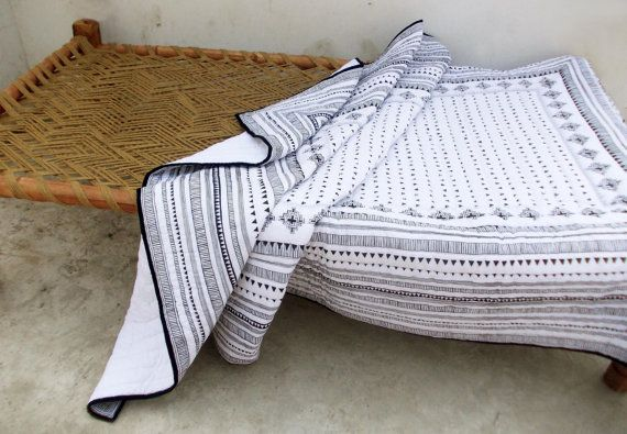 Aztec quilted bedspread, black and white, cotton quilt, geometrical, navajo…