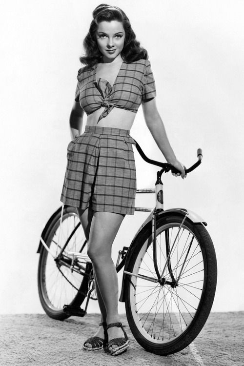 Kathryn Grayson, a fabulous soprano. One of my favourite Hollywood actresses too.