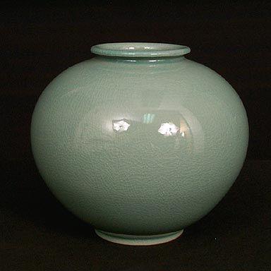 Korean Moon Jar Celadon Glaze