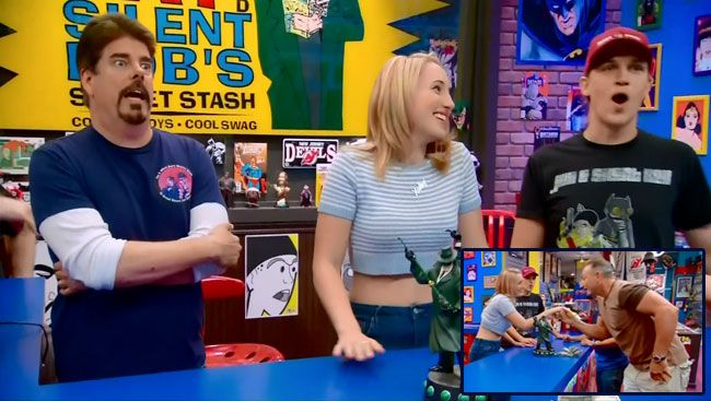 """Comic Book Men finally gets a woman behind the counter on the season premiere """"Heir Apparent.""""  Harley Quinn Smith stopped by the comic book store to get some experience for her upcoming lead role in Yoga Hosers, Kevin Smith's latest film documenting the glamorous life of clerks. Smith's daughter was chaperoned by Jason Mewes, his friend and co-star in Clerks.  #tv #funny  http://l7world.com/2014/10/harley-quinn-smith-guest-stars-comic-book-men.html"""