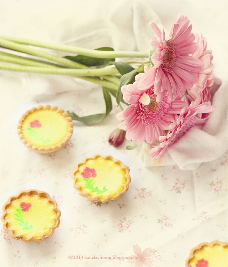 Kanela y Limón: Cheese Tartlets / Recipes for Mother's Day Tart Recipes, Sweet Recipes, Fun Recipes, French Tart, Country Dinner, Cheese Tarts, Afternoon Tea Parties, Garden Party Wedding, Sweet Pie