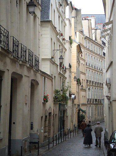 104 best paris boulevards rues passages images on pinterest paris paris france and paris - Restaurant rue des bains luxembourg ...