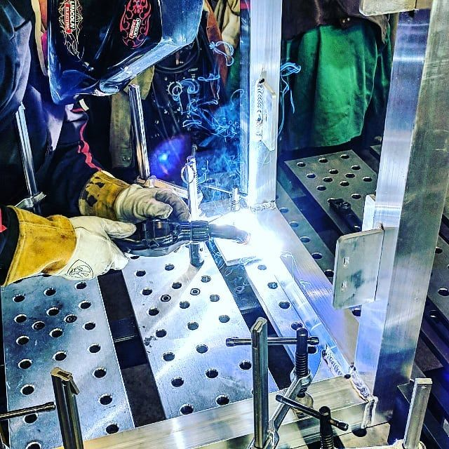 Bill finishing up 2017 doing some MIG welding on aluminum.  We at Pendleton Racing And Fab & PyroPits are looking forward to a great 2018 with some more new and exciting things to come so stay tuned to see what your favorite bearded beer drinking welding fabricating customizing madmen are up to. #pendletonracingandfab #customfab #custommade #offroadfab #racingfabrication #welding #machining #plasmacutting #supportsmallbusiness #madeinutah #madeinamerica #builttolast #builttough #lathework…