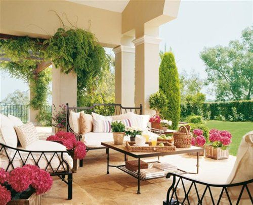 beautiful outdoor living room..