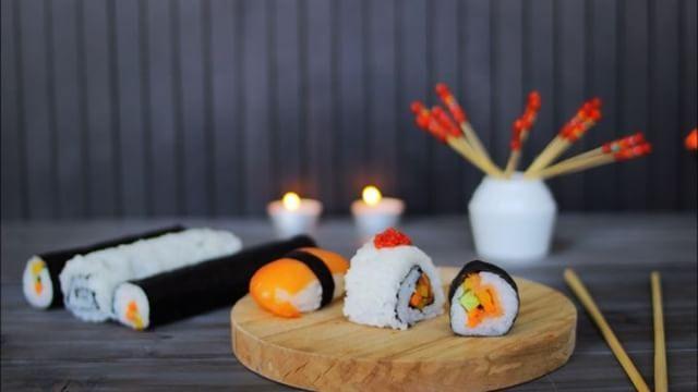 Yemek Stilisliği ve Fotoğrafçılığı Finali -  Food Stylistic And Food Photography Final Examination #foodphoto #foodpics #food #foodstagram #foodstylist #foodphotography #photography #suşi #sushi #gastronomi #mutfak #sanatları #gastronomy #and #kitchen #art #sanat #arts  #fareast #japanesekitchen #japanese #japan http://turkrazzi.com/ipost/1523881142020473666/?code=BUl6dMmDANC
