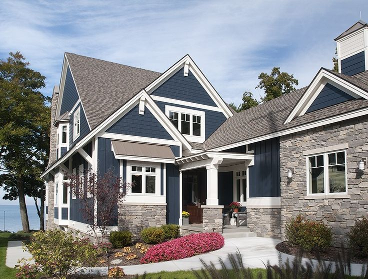 68 best cottage style images on pinterest craftsman for Craftsman style lake house plans