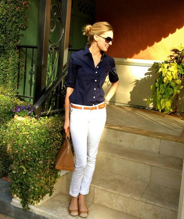 Perfect! Classic! Very Carolyn Bessette! I need new white skinnies and a navy mid-weight button-up.
