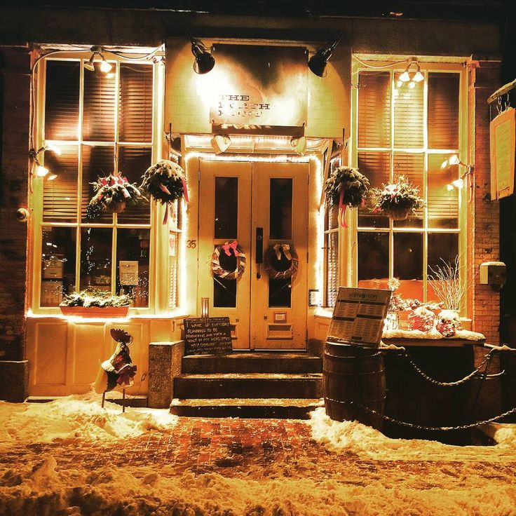 11 Cozy Bars and Restaurants in Portland, Maine Perfect for Winter