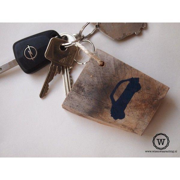 Sleutelhanger auto, bijzonder kado voor iemand die geslaagd is voor zijn #rijbewijs