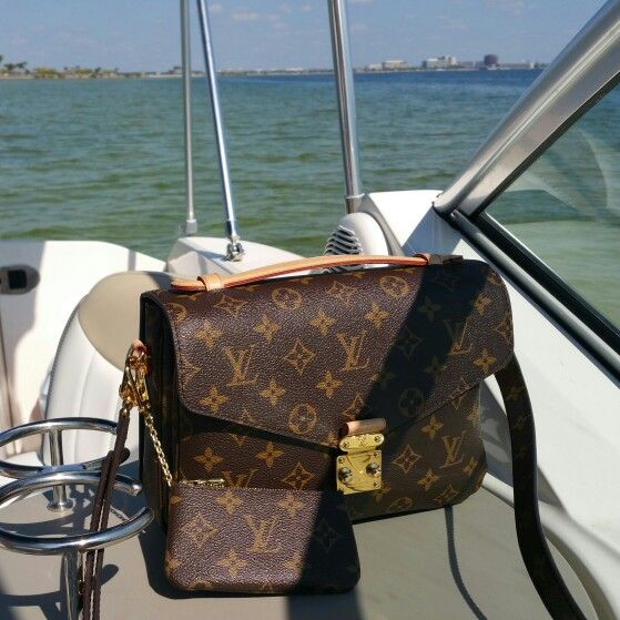 Louis Vuitton Monogram Canvas Artsy MM Bag | Lollipuff
