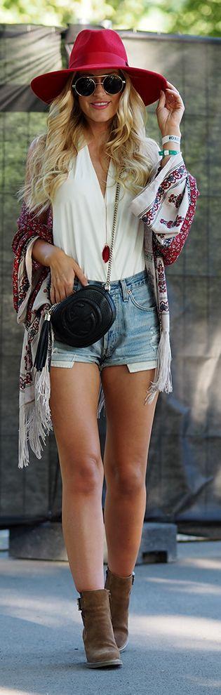 Lene Orvik Fringed Kimono Festival Stylish Fall Outfit Idea