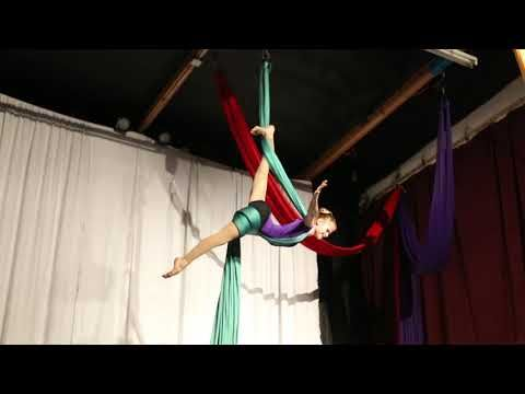 Mara Juergensen Aerial Silks West Coast Aerial Arts Festival 2016 – YouTube  * A LOT of great stuff in this*