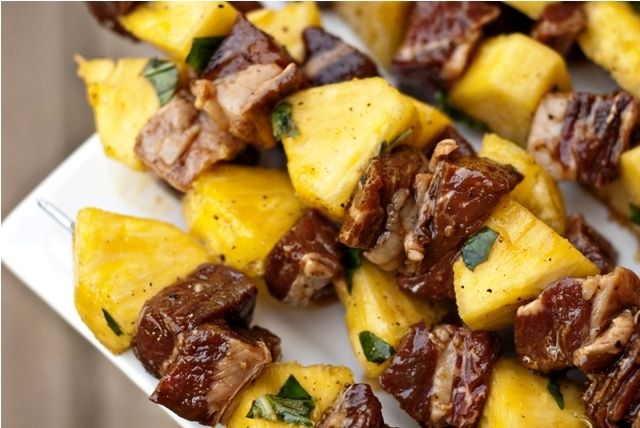 steak and pineapple kabobs