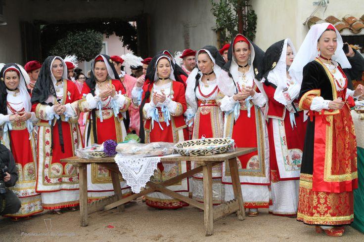 Le donne e la Sartiglia - vestizione martedì 4 marzo, #Sartiglia2014