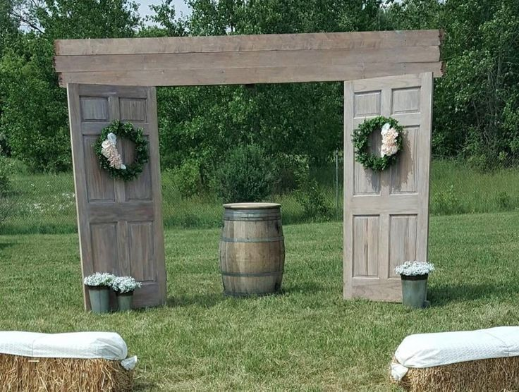 Something Borrowed for Weddings can make your wedding dreams come true, with Unique and rustic décor that you can borrow for your special day. From Custom Wood Barn Doors and Arbors, Classic Chinaware, Country Centerpieces