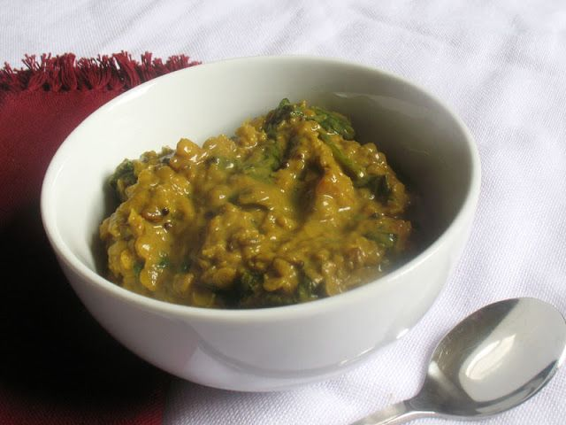Simple, creamy and nourishing red lentil and spinach curry seasoned with Indian seeds, spices and turmeric