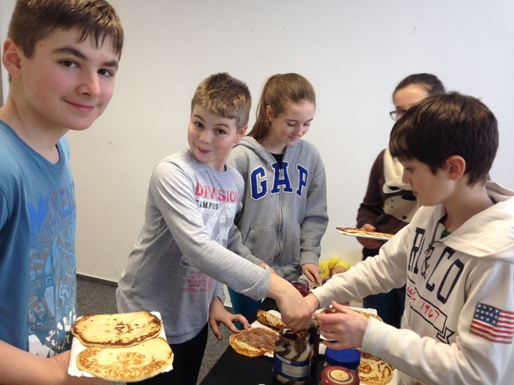 Pancake Day and Sonička's hungry mates.
