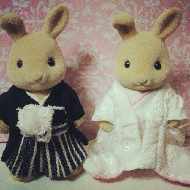「先生がお姉さんの結婚式に向けて衣装を作ったよ。 #toawasai #東亜和裁 #シルバニアファミリー #ウェルカムドール #打掛」