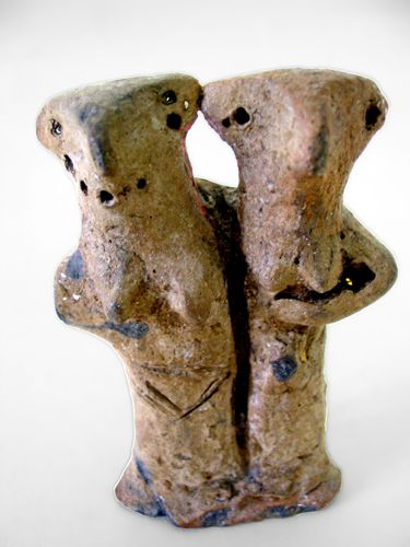 Vinca twins female figurine, 5000-4000 bc.  Around 3200 BC, the culture of Old Europe Vinca migrated, to the Aegean Sea and to Crete. Today, they are considered to be the origin of the Minoan civilisation.