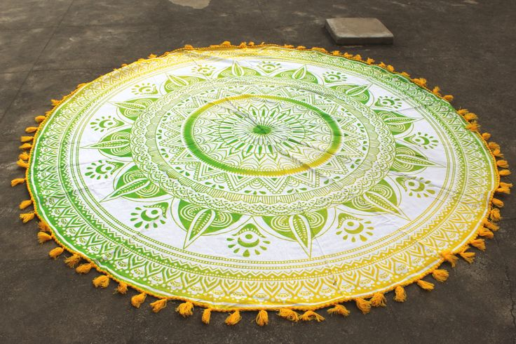 Green Yellow Ombre Round Beach Towel