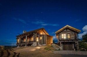Private cabins in the east mountains of Zion National Park. Large, luxurious Lodges with plenty of space for the whole party. For assistance in choosing a cabin or lodge style: Please call 1-866-648-2555