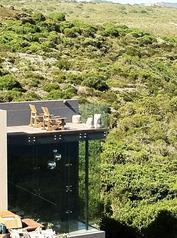 Large scale, contemporary holiday home - Pezula Estate, Knysna. By Three14 Architects #Three14Architects #KimBenatar #SianFisher