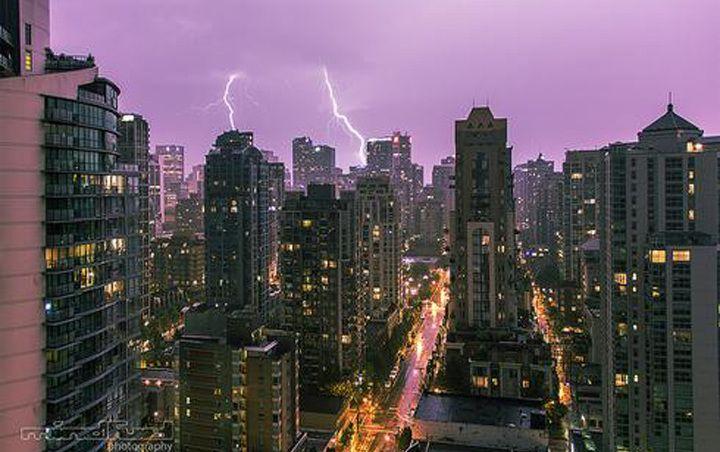 Lightning storm lights up Vancouver sky -  August 29, 2013