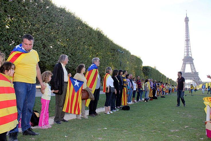 Durante la Diada de 2013, la Vía Catalana por la Independencia también estuvo presente en París.