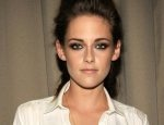[PIC] Kristen Stewart Stuns In Dramatic Hot Tomboy Look - HollywoodLife.com
