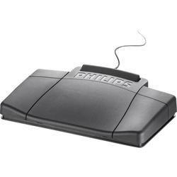 Accessoires voor digitale apparaten Philips Fußschalter LFH2210 Zwart LFH 2210  Voetschakelaar voor handsfree bediening van de bureaumachines uit de 700 serie. Uitvoering: voor 700 serie Klik verder voor meer info.  EUR 159.00  Meer informatie