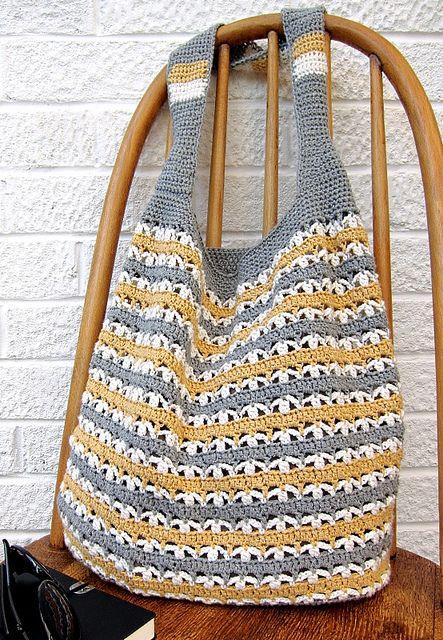 Crochet marketbag - free pattern by Very Berry Handmade.