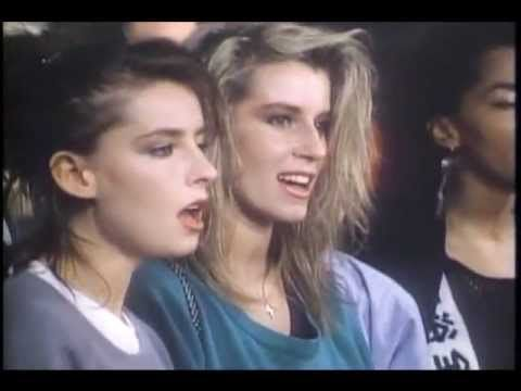 Band Aid - Do They Know It's Christmas? (1984)