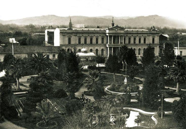 Plaza de Armas de Curicó. Ca. 1910