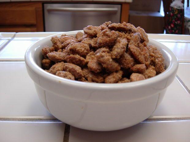 Cinnamon roasted almonds | ~ Holidays ~ | Pinterest