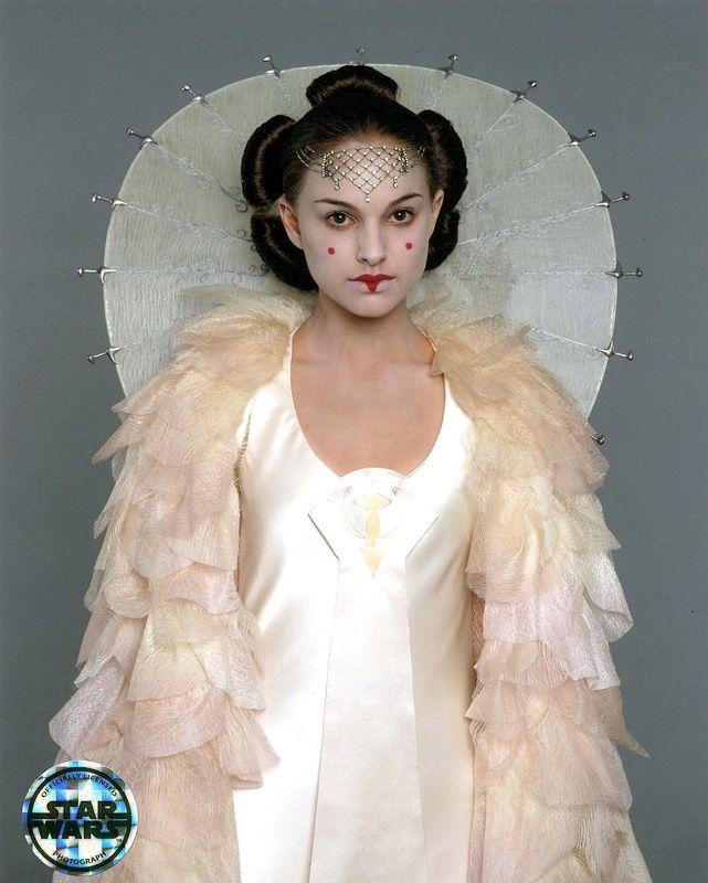 Natalie Portman - Star Wars: Episode I - The Phantom Menace (1999) (641×800)