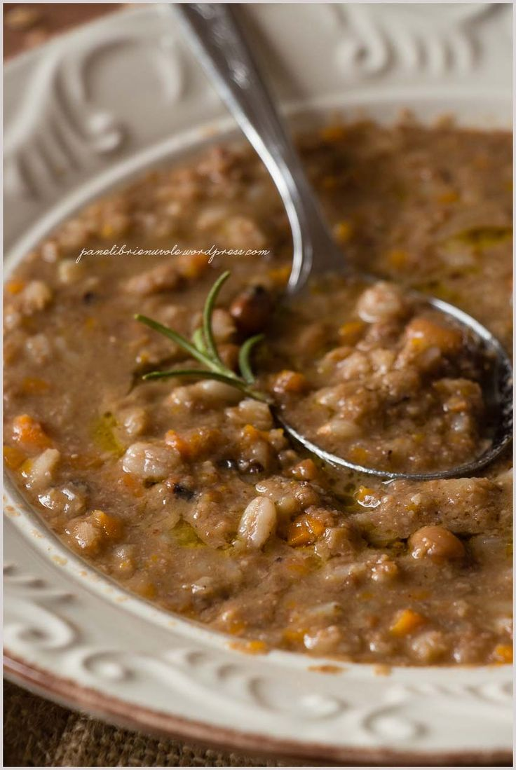 Zuppa alla garfagnina con farro e lenticchie