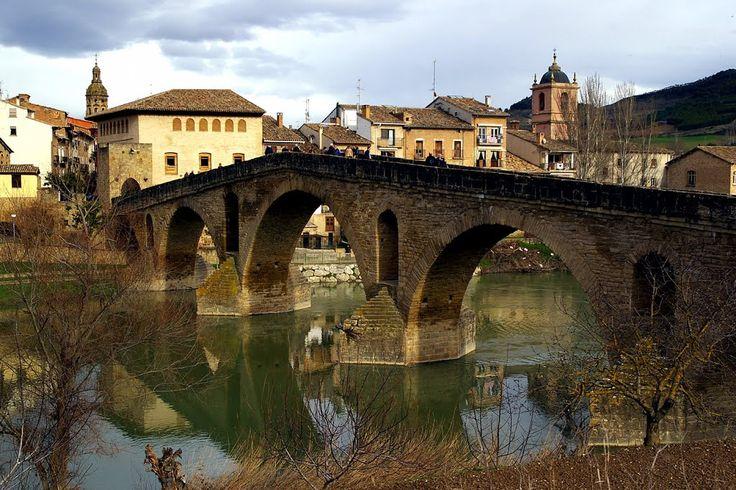 Puente medieval de Puente la Reina, Navarra