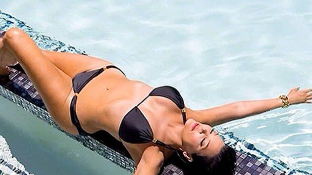 kris jenner bikini