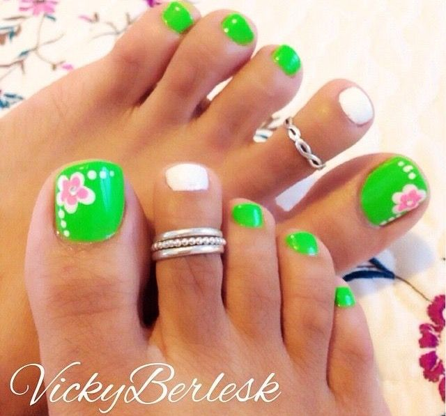 I'm so ready for sandals and bright colored toes! #Pedicure #Toes #SpringNails