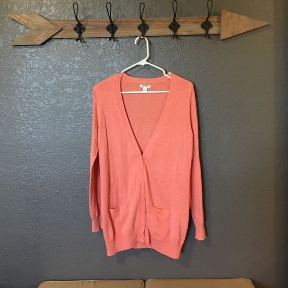 Oversized Cardigan Salmon colored cardigan. Buttons half way up. Too big for me. Old Navy Sweaters Cardigans
