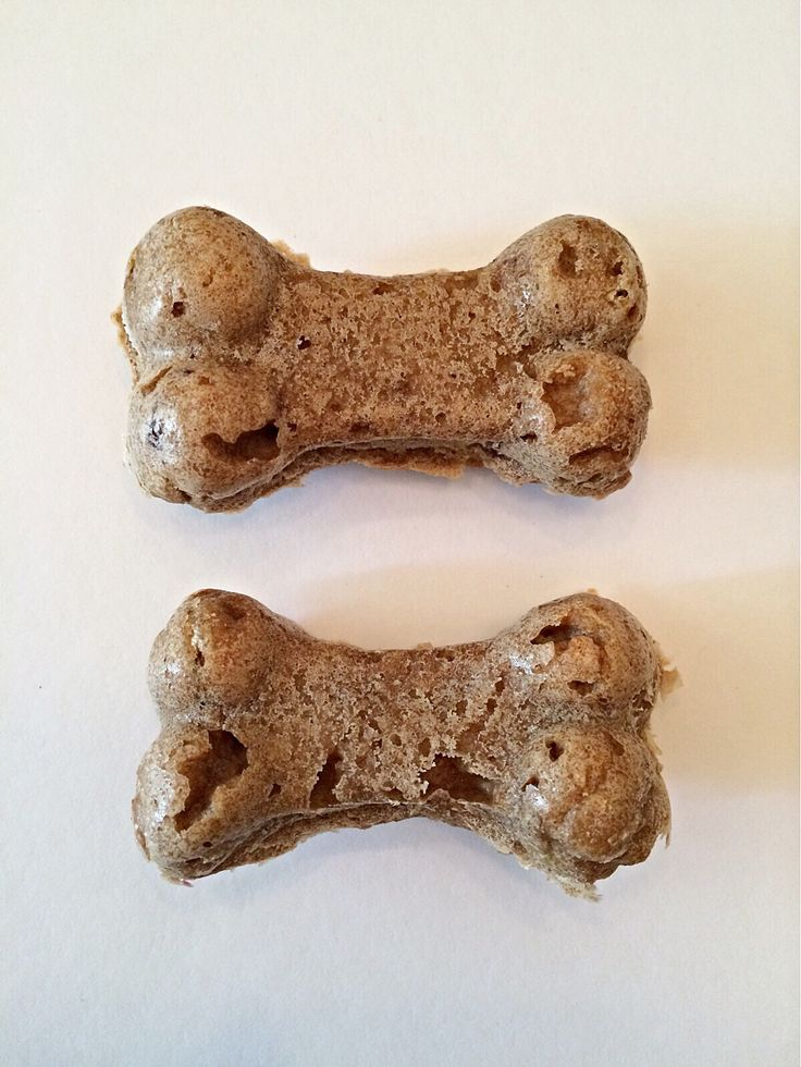Organic nutritious homemade Peanut butter bacon dog treats are made without scary preservatives, no artificial colors, and no other filler. We use no corn, no soy, and no chemicals. As a nutrition and