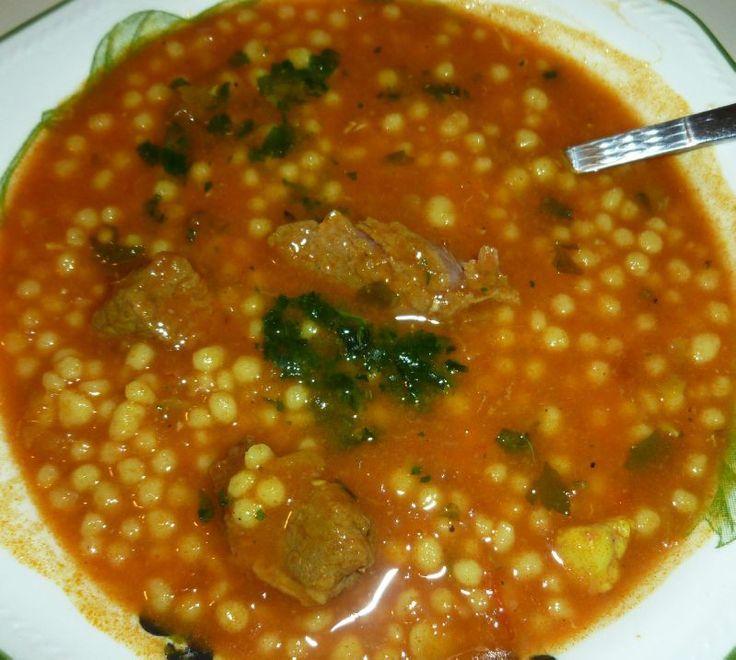 Berkoukes Aich algérien - Petites pâtes artisanales en sauce
