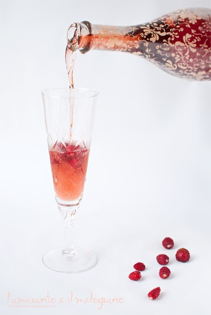 italian pink brut with wild strawberries and strawberry juice
