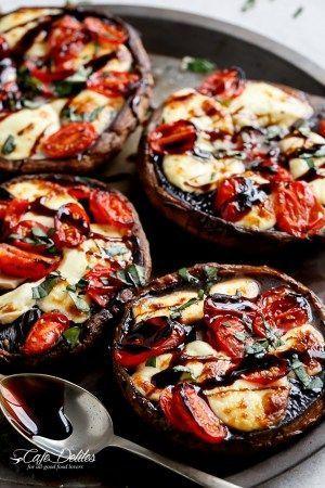 Caprese Stuffed Garlic Butter Portobellos | http://cafedelites.com