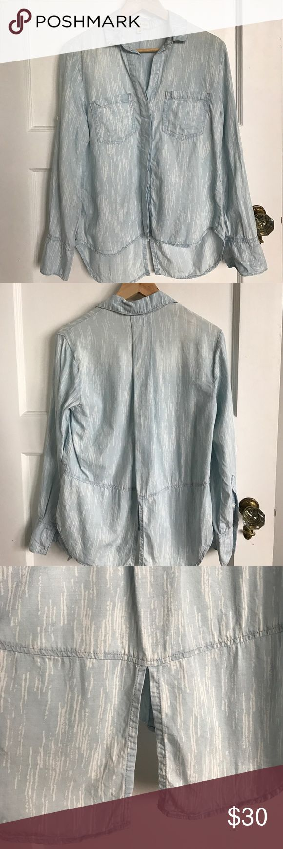 Cloth and stone anthropology light blue button up Cloth and stone is by far my favorite anthropology line. Thick durable and yet so soft fabric. Two pockets, button-down with fabric on front to cover buttons. Buttons on sleeves for easy roll and super fun split Texido back. Anthropologie Tops Button Down Shirts