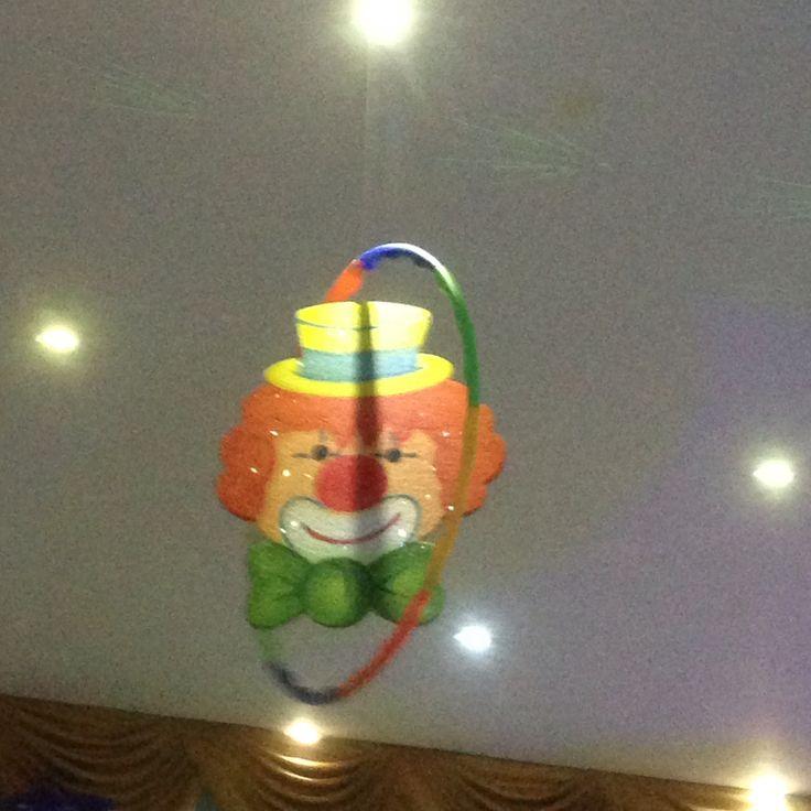 Decoración del techo, aro Ula Ula con cara de payaso