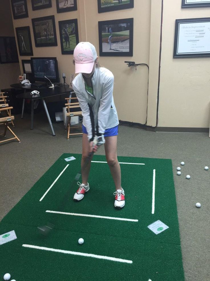 Jim McLean Texas #Golf school using #gameinglove while working on Club Face Control with student Madison. Sweet. #Golf Training Aids. Gift Ideas for him, gift ideas for golfers, gift ideas for her