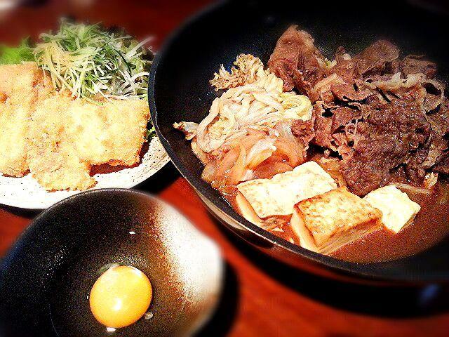今日のまかないです。明日は定休日なのでちょっと贅沢してます\(°∀° )/    #まかない - 31件のもぐもぐ - すき焼き&白身魚(アカマチ)のフライ by ichidolushi