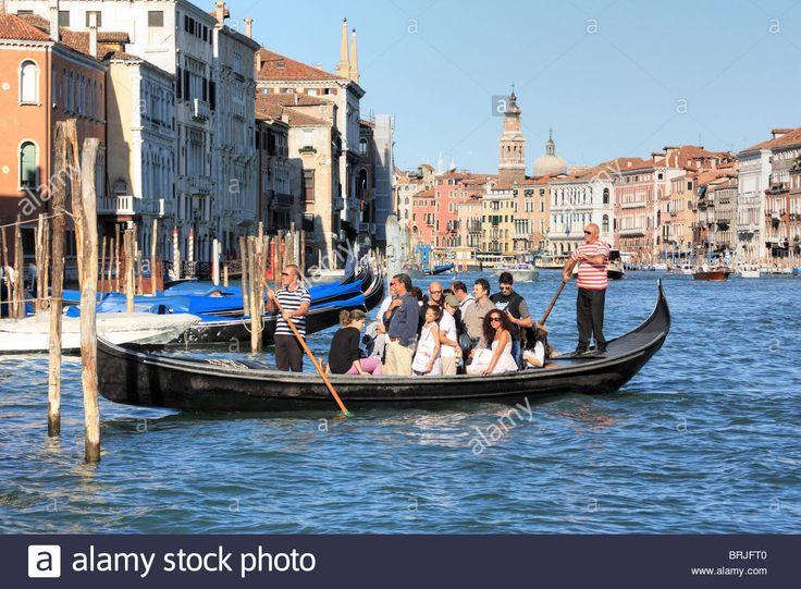 Venice, Italy. Traghetto (ferry Gondola) Crossing The Grand Canal Stock Photo, Royalty Free Image: 31755024 - Alamy