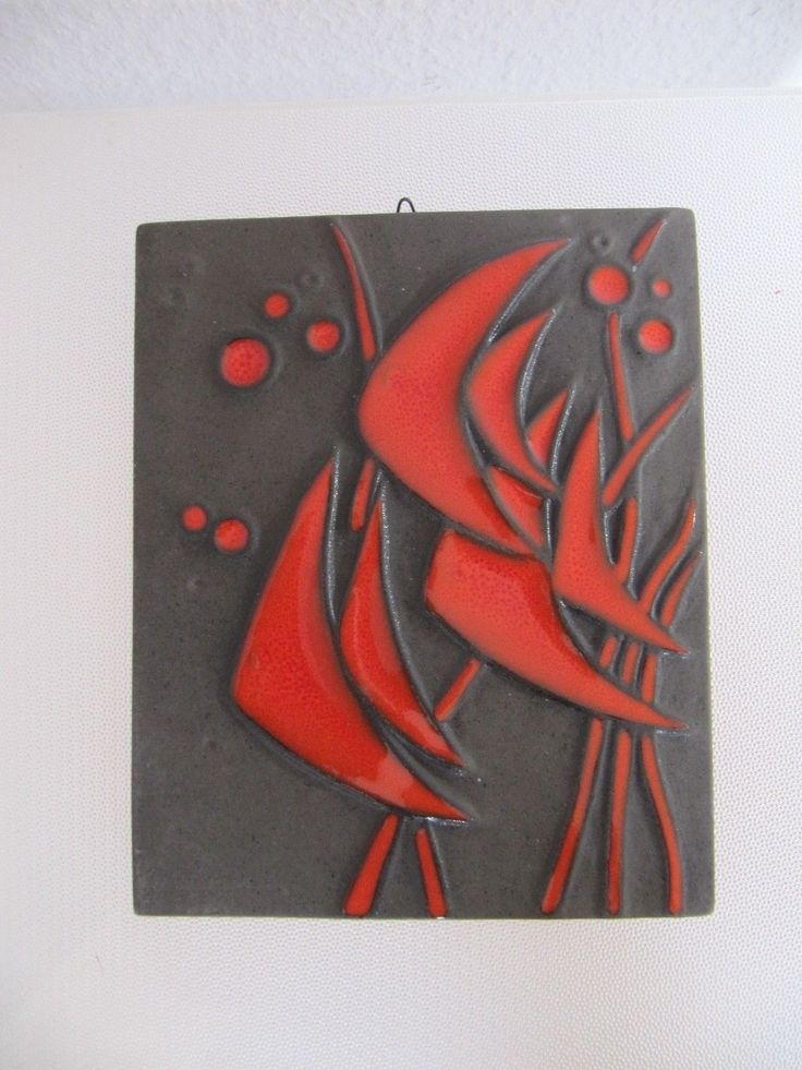 http://www.ebay.it/itm/Vintage-60er-Jahre-Buckeburg-Keramik-Wandkachel-Design-Helge-Pfaff-/131484838896?pt=LH_DefaultDomain_77